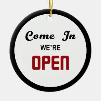 Open Closed Door Hanger Round Ceramic Ornament
