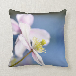 Open Flower Cushion