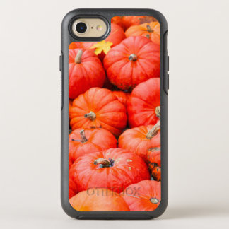Orange pumpkins at market, Germany OtterBox Symmetry iPhone 8/7 Case