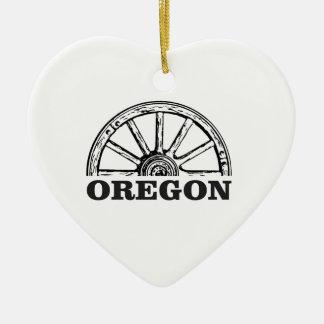 oregon trail simple wheel ceramic ornament