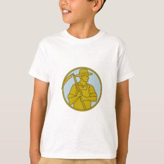 Organic Farmer Scythe Looking Side Circle Mono Lin T-Shirt