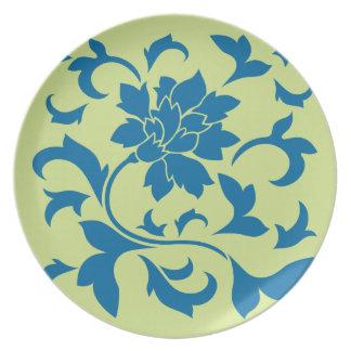 Oriental Flower - Snorkel Blue & Daiquiri Green Plate