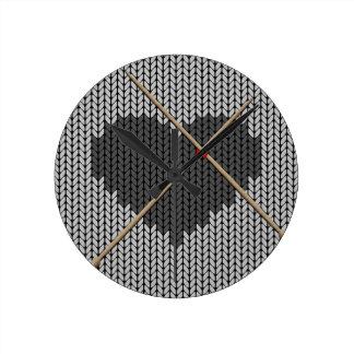 Original Knitted Heart Design Round Clock