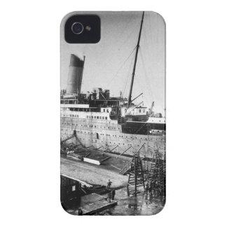 original titanic picture under construction Case-Mate iPhone 4 cases