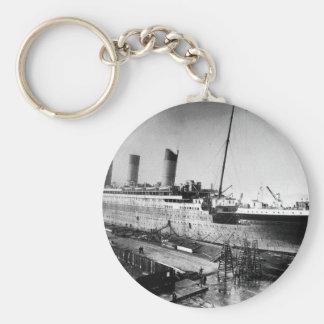 original titanic picture under construction keychain