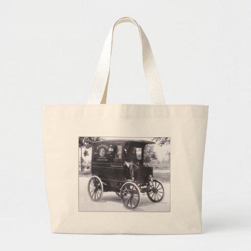 Original vintage photo of Ford 1899 Bag
