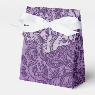 ornaments purple favor box