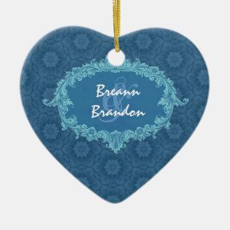 Ornement bleu Ver3 de couples de mariage