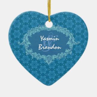 Ornement bleu Ver4 de couples de mariage