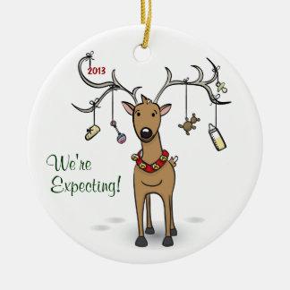 Ornement de Noël de grossesse - attente de renne