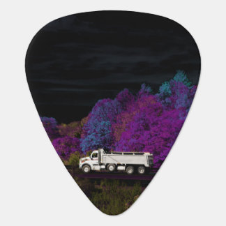 oscar leaves the party guitar pick