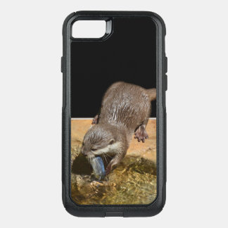 Otter Eating Tasty Fish, OtterBox Commuter iPhone 8/7 Case