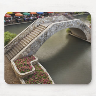 Outdoor cafe along River Walk and bridge over Mouse Pad