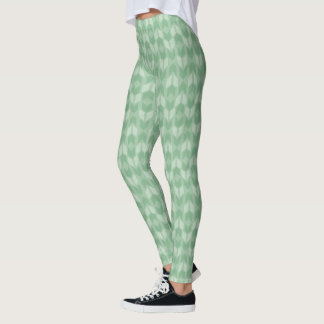 Outdoor Geo Step | Green Arrow Pattern Leggings