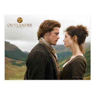 Outlander | Jamie & Claire Face To Face Postcard