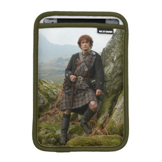 Outlander | Jamie Fraser - Leaning On Rock Sleeve For iPad Mini