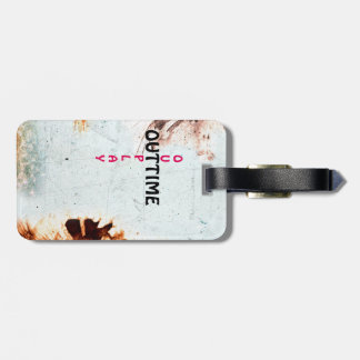 outtime - outplay used look luggage tag