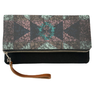 OutwornTribal Aztek Pattern Clutch