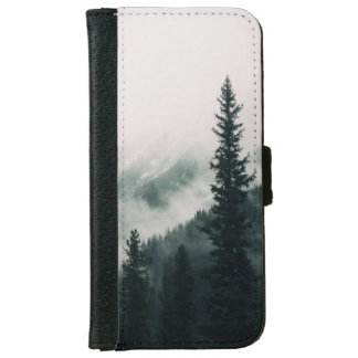 Over the Mountains and trough the Woods iPhone 6 Wallet Case