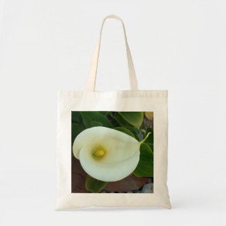 Overhead Shot Of A Heart Shaped Cream Calla Lily Tote Bag