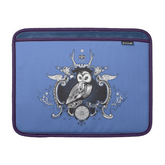 Owl and mirror MacBook sleeve