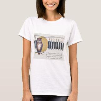 Owl Candles Full Moon Vintage Halloween T-Shirt