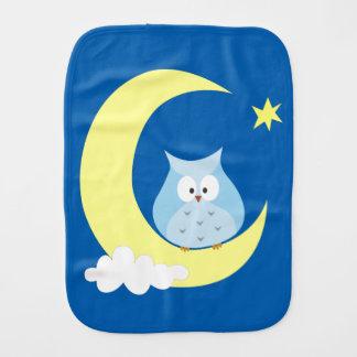 Owl sitting on the Moon Burp Cloths