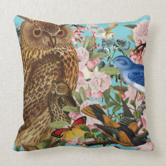Owll Indoor Large Pillow