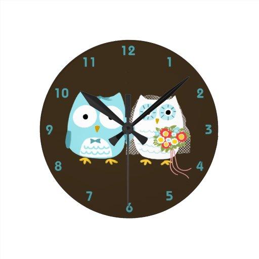 Owls Bride and Groom - Cute Wedding Couple Round Wall Clocks