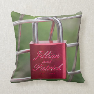 Padlock Lovers Red Chain Link Specialized Throw Pillow