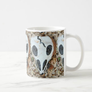 painted black/white skull coffee mug