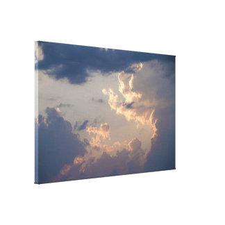 Painting in the Sky I / Maalaus taivaalla I Canvas Print