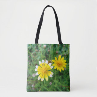 Pair of Daisies Tote Bag