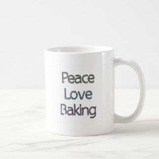 Paix, amour, faisant cuire au four tasse à café