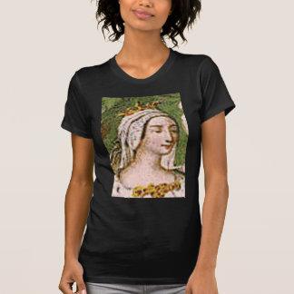 pale fair queen T-Shirt