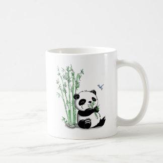 Panda mangeant le bambou tasse à café