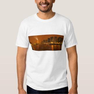 Panorama d'horizon de nuit de Pont Mirabeau Paris Tee Shirt