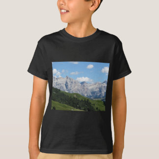 Panoramic mountain view of the italian Dolomites T-Shirt