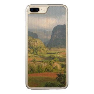 Panoramic valley landscape, Cuba Carved iPhone 8 Plus/7 Plus Case