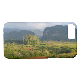 Panoramic valley landscape, Cuba iPhone 8/7 Case