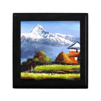 Panoramic View Of Beautiful Everest Mountain Gift Box