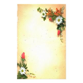 Papeterie assez florale de conception de parchemin