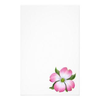 Papeterie rose de fleur de cornouiller