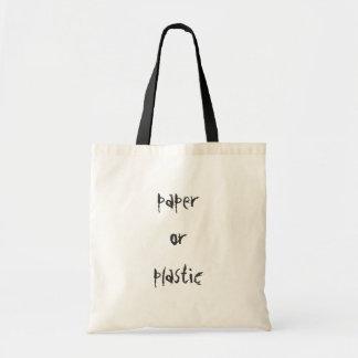 papier ou plastique sac en toile budget