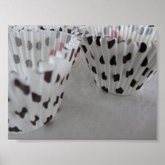 Papiers de petit gâteau de point de polka poster