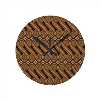 Parang's Batik Round Clock