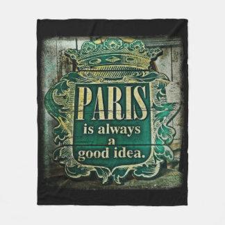 Paris Idea Fleece Blanket