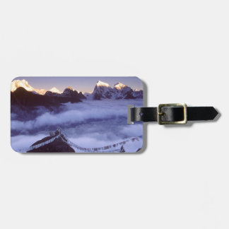 Park Prayer Flags On Everest Nepal Luggage Tag