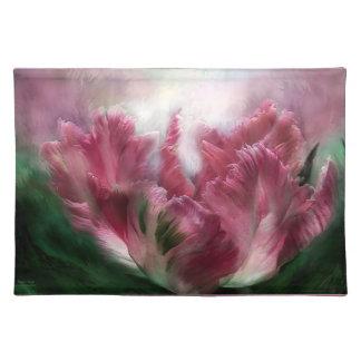 Parrot Tulip Art Place Mat
