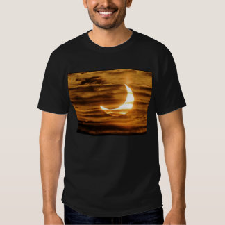 Partial eclipse of the moon tee shirt